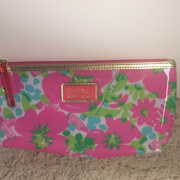 Lilly Pulitzer Handbags - [Lilly Pulitzer] for Estée Lauder makeup bag